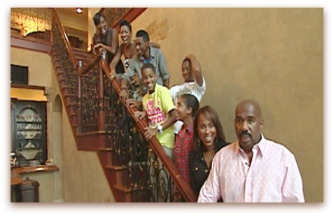 Steve harvey with wife marjorie their 7 children