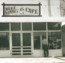 blue bonnet cafe, marble falls texas, 1969, john 3 16