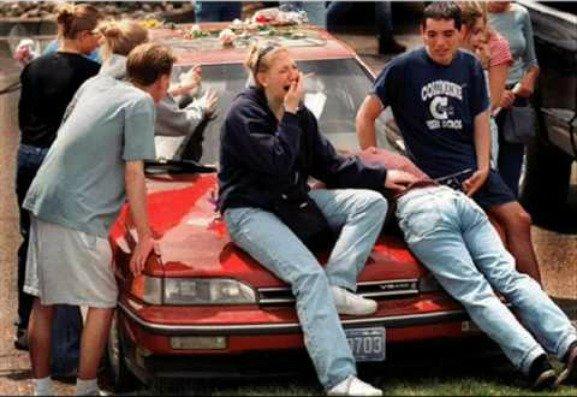 Rachel Scott, Columbine High School, Massacre, car, crying students